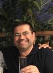 alcho, 42  , North Glendale
