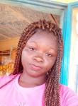 Yasmina, 18  , Ouagadougou