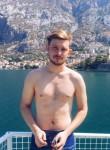 Mikhail, 29, Saint Petersburg