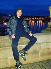 Alessandro, 20, Italy, Finale Ligure