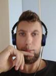 Luca, 27  , Senigallia