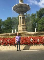 6finges, 50, Spain, Santander