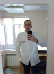 Виктор, 25 лет, Новый Уренгой