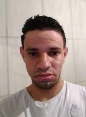 Daniel, 21, Brazil, Belo Horizonte