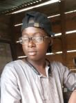 Karim, 18  , Nzerekore