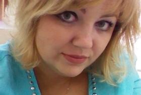 Alina, 32 - Just Me