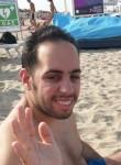 Aniello, 24  , Castellammare di Stabia