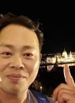 サンイル.Lee SangIl, 40  , Komarom