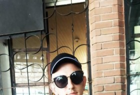Grisha, 22 - Just Me