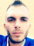 papy, 30  , Villefontaine