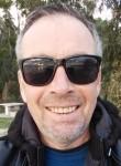 Konstantin, 52  , Bar