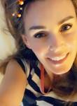 Lisanova, 46  , Tucson