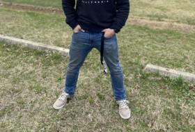Martin Behr, 18 - Just Me