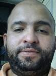 Kelito, 39  , Latina