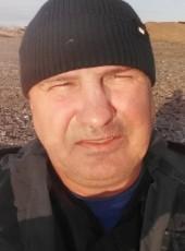 Sergey, 42, Russia, Khanty-Mansiysk