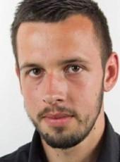 Fadil, 20, Bosnia and Herzegovina, Sarajevo