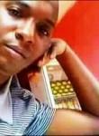 Esmael , 32  , Luanda