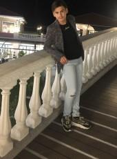 Jusuf, 18, Albania, Tirana