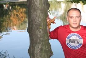 Ivan, 41 - Just Me