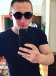 Bogdan, 22, Kiev