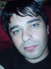 Levan, 36, Portugal, Lisbon