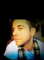 Travis, 36, United States of America, Stanton