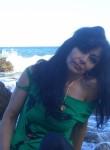Elena, 57  , Miskhor