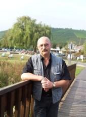Alexander, 61, Belarus, Mahilyow