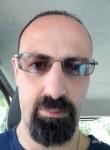 Giuseppe, 45  , Montesilvano Marina