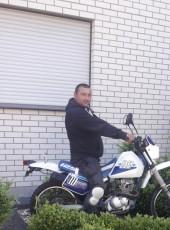 Milyuo, 36, Germany, Detmold