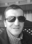 Yazid , 46  , Bejaia