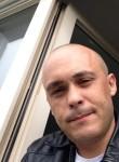 nerraw, 40  , Hennebont