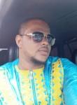 Oumar , 32  , Conakry