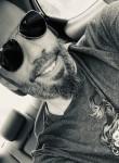 Martin, 41  , Montreal