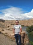 Aydyn, 40, Almaty