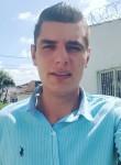 Luis, 26  , Bogota