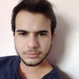 Davide , 18  , Cotronei