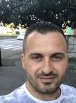 benish, 35  , Annecy