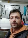 Welat, 36  , Istanbul