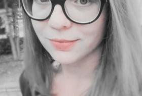 Tula, 32 - Just Me