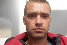 Maksіm Shulezhko, 33 - Just Me