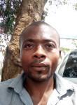 Gerard koutchele, 33  , Yaounde