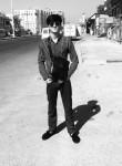 Shakhzad, 19  , Dushanbe