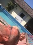Tommy, 52  , Berlin