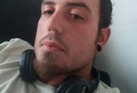 Jesse, 29 - Just Me