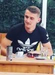Erjon, 18  , Librazhd-Qender
