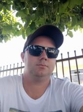 Tiago Schroeder, 35, Brazil, Joinville