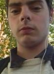 Florian, 22  , Fresnes