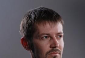 Vlad, 56 - Just Me