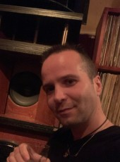 Nicolas, 44, France, Lons-le-Saunier